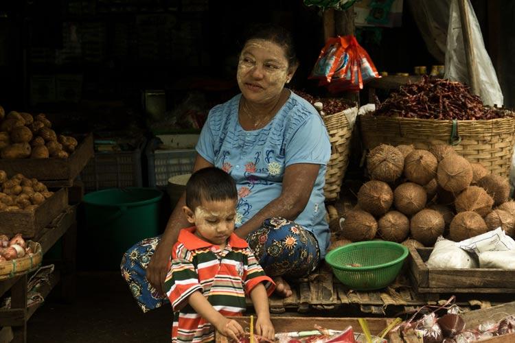 Thanaka Crema Cosmetica Myanmar Makeup