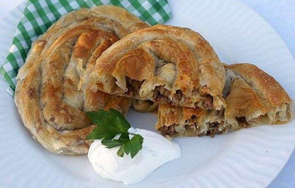 La ricetta del burek: torte salate dalla Turchia alla Croazia