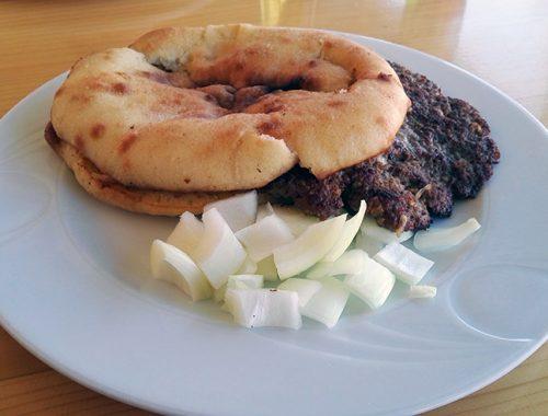 Ricetta per la Pljeskavica Hamburger Cugino Cevapcici