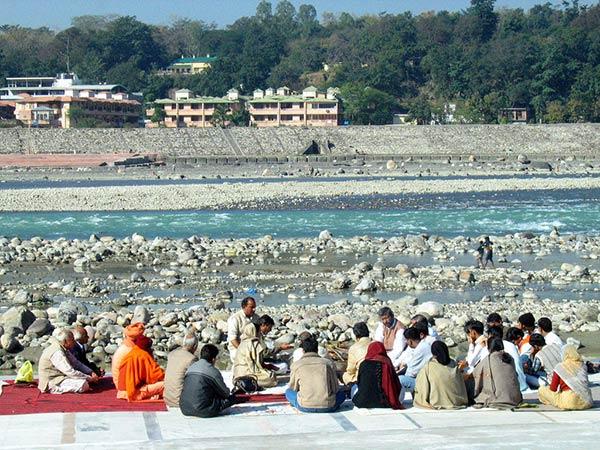 Praticare Studiare Yoga Ashram Rishikesh India
