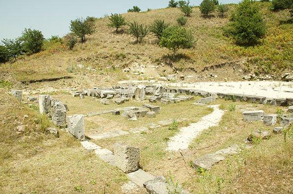 Visitare Parco Archeologico Apollonia Albania