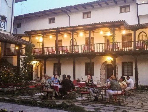 Dove Mangiare Dormire Scutari Albania Tradita
