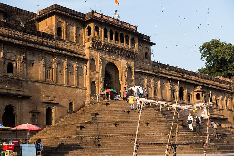 Cosa Vedere Maheshwar India Fiume Sacro Narmada