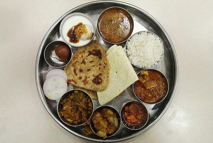 Thali il piatto unico per eccellenza della cucina indiana for Piatto della cucina povera