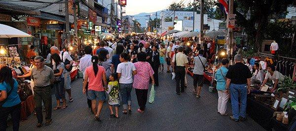 Guida Mercati Chiang Mai Nightbazaar Sundaymarket