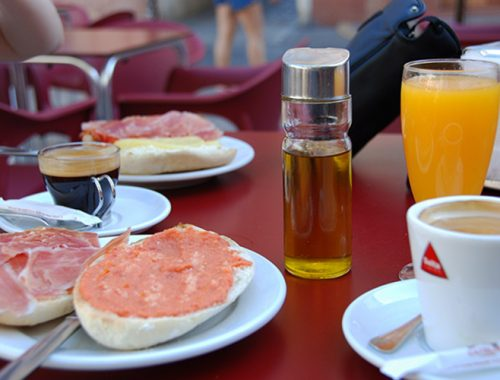 Guida Colazione Tradizionale Siviglia Andalusia