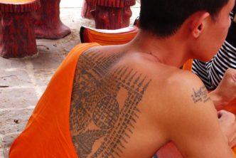 Come-Dove-Fare-Sakyant-Tatuaggio-Sacro-Tradizionale-Thailandese